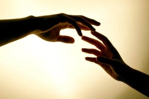 ΕΣΚΟΡΠΙΣΕΝ, ΕΔΩΚΕ ΤΟΙΣ ΠΕΝΗΣΙΝ, Η ΔΙΚΑΙΟΣΥΝΗ ΑΥΤΟΥ ΜΕΝΕΙ ΕΙΣ ΤΟΝ ΑΙΩΝΑ